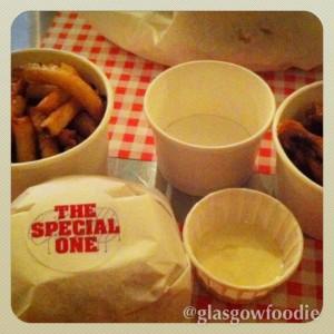 foooood Burger Meats Bun © Food and Drink Glasgow Blog