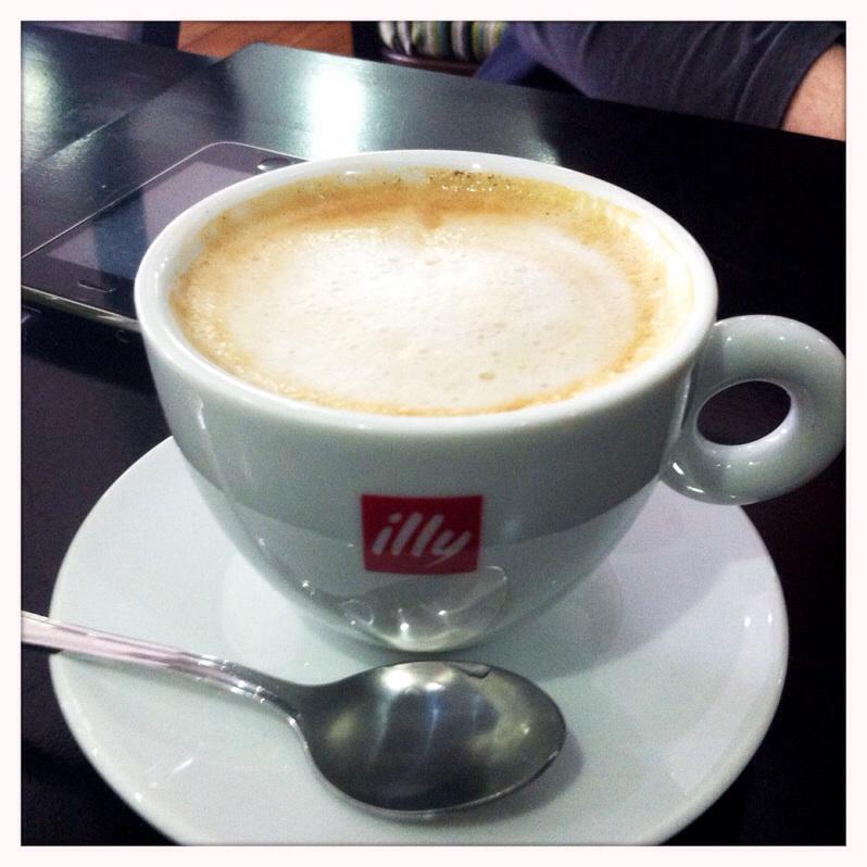 Flat white Bell & felix cafe Shawlands Glasgow food drink Glasgow blog
