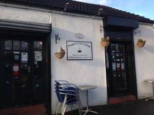 Food Review Outside Maggie's Cosy Cottage, Baillieston
