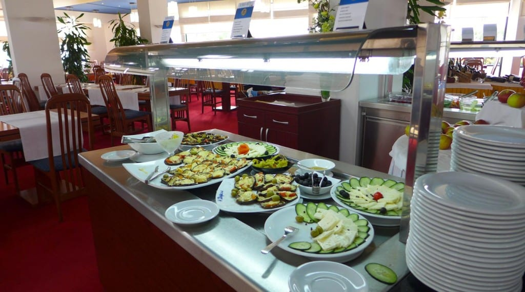 Ilirija_biograd_restaurant_salad_bar