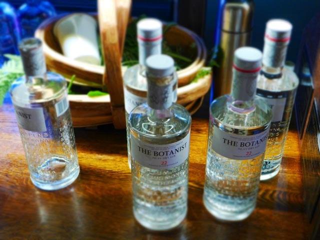 Glasgow gin club forage - The Botanist foraged gin