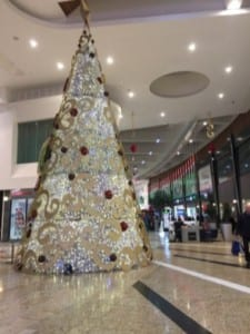 Tree Christmas shopping Silverburn Glasgow men's