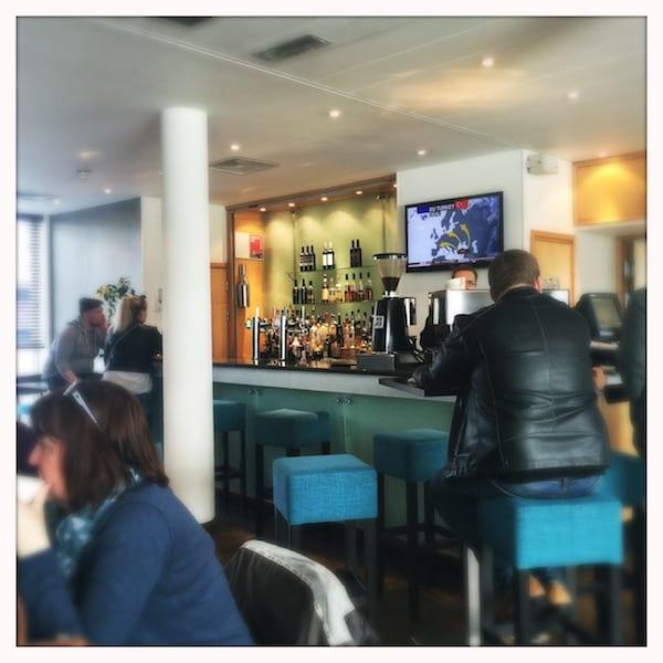 Hilton_Garden_inn_bar