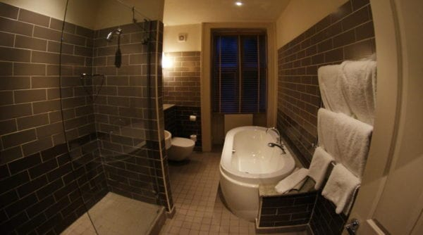 Jesmond Dene House hotel - bathroom