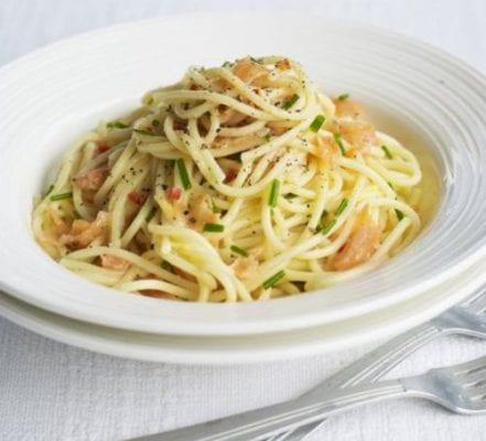 Salmon spaghetti with chilli lemon recipe