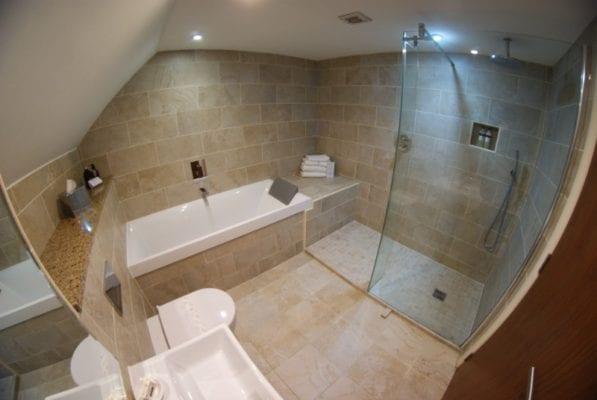 Old Mill Inn, Pitlochry - Bathroom