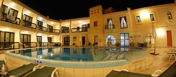 Pergola_melliha_Malta_Pool
