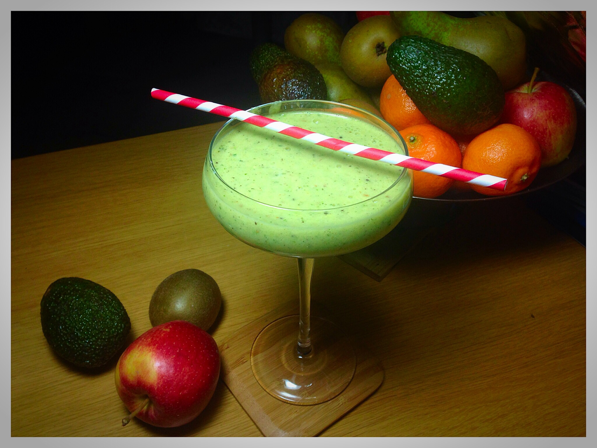 Recipe: Apple, Avocado and Ginger Smoothie