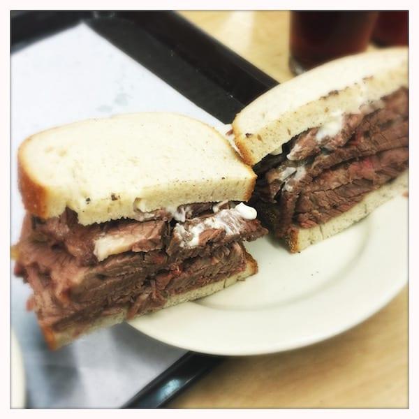 Katzs_deli_NY_.brisket_sandwich