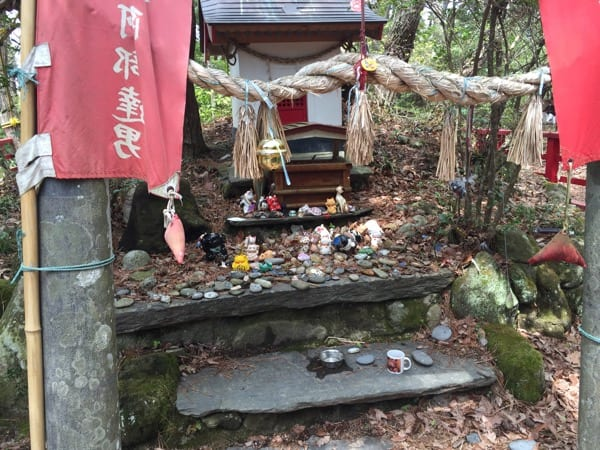 Cat shrine Ishinomaki, tashirojima, cat island, Japan, tsunami, Japan tsunami, 311, cats, neko, cat shrine, travel, travel blog, Glasgow foodie, foodie explorers