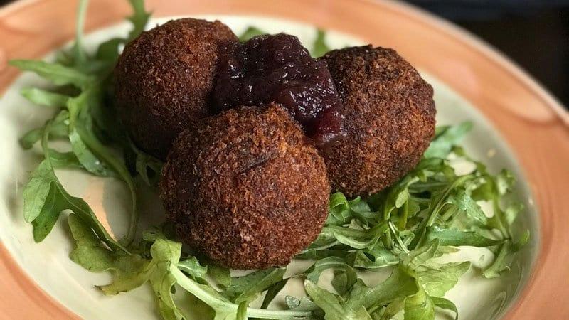 Edinburgh Food Safari - Barony Bar haggis balls