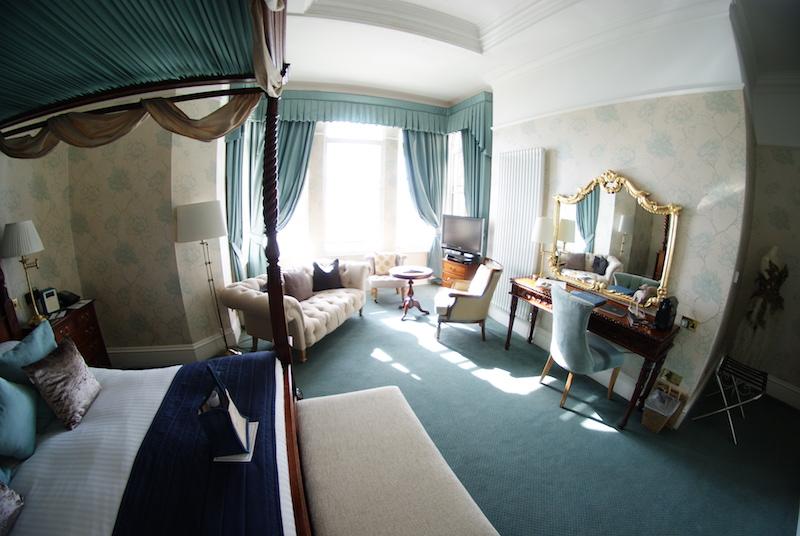 The Headland Hotel - bedroom