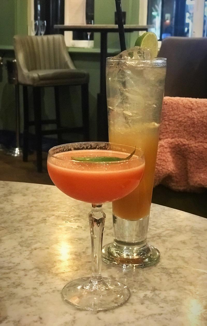 La vie en rose Winter cocktail menu champagne central
