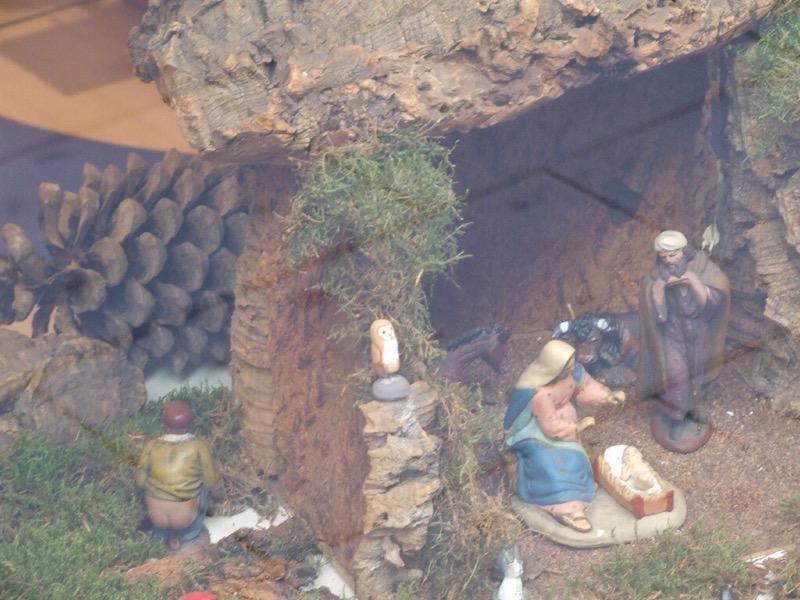 Caganer Catalan pooping man Christmas tradition