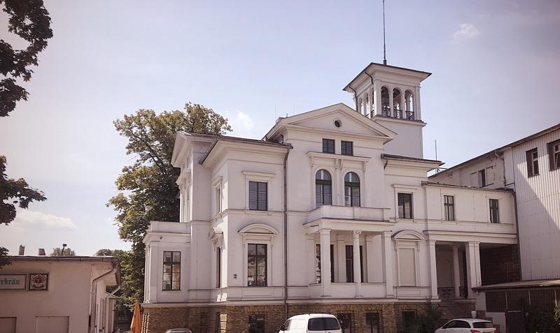 White villa Weisse villa Köpenick Berlin
