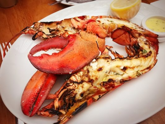 Champagne lobster Friday's Glasgow restaurant bar and grill princes square