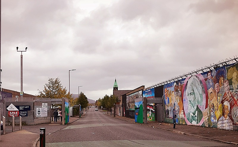 Peace wall Belfast the troubles
