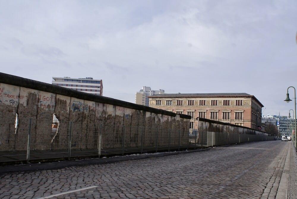 Berlin Wall topography of terror