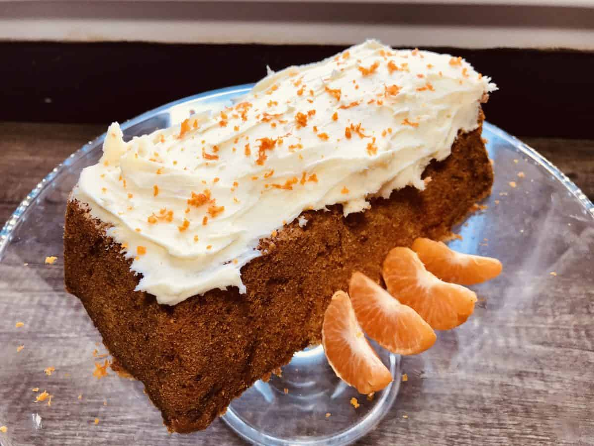 Recipe: Carrot, cardamom and clementine cake
