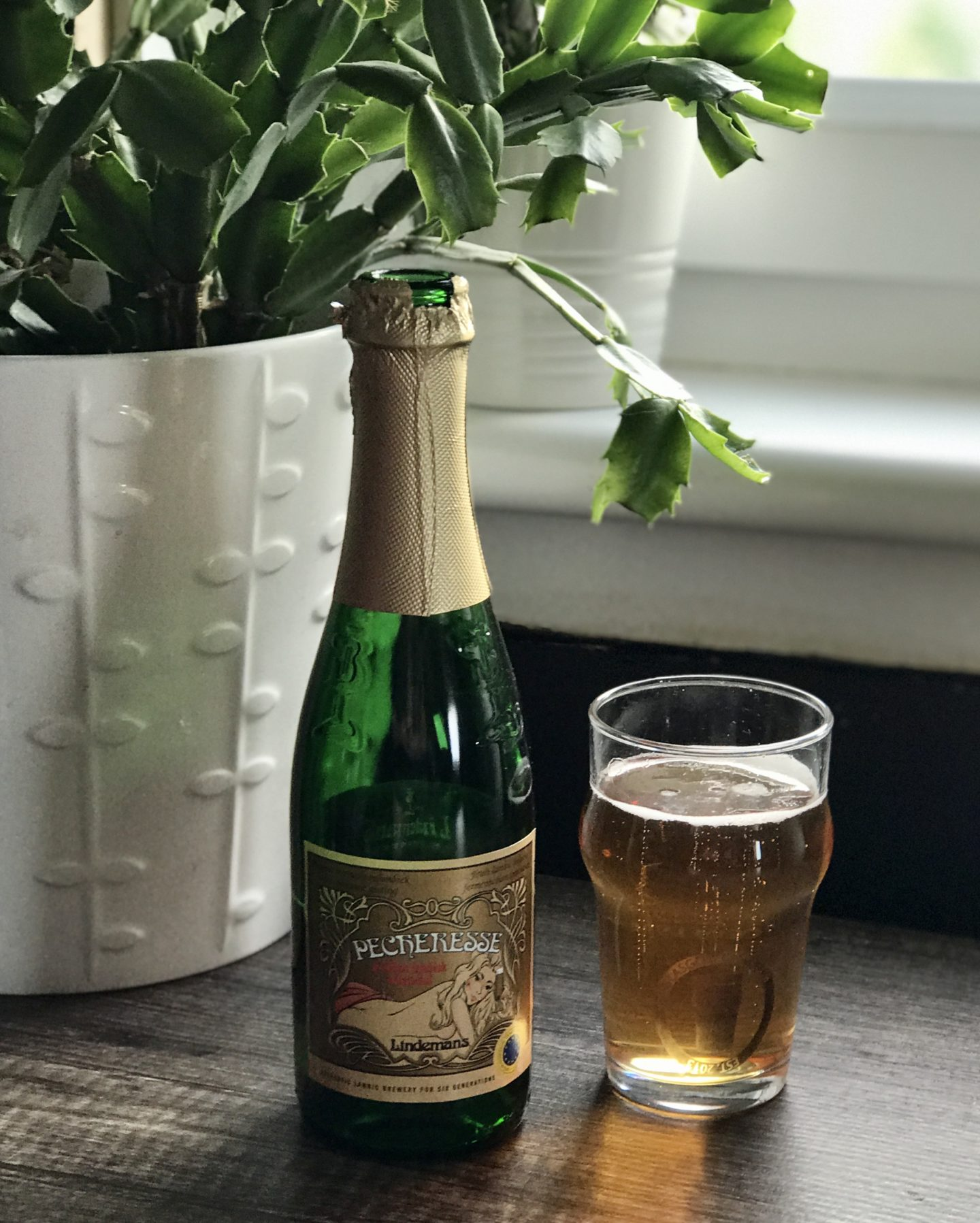 The beer town lindemans peach
