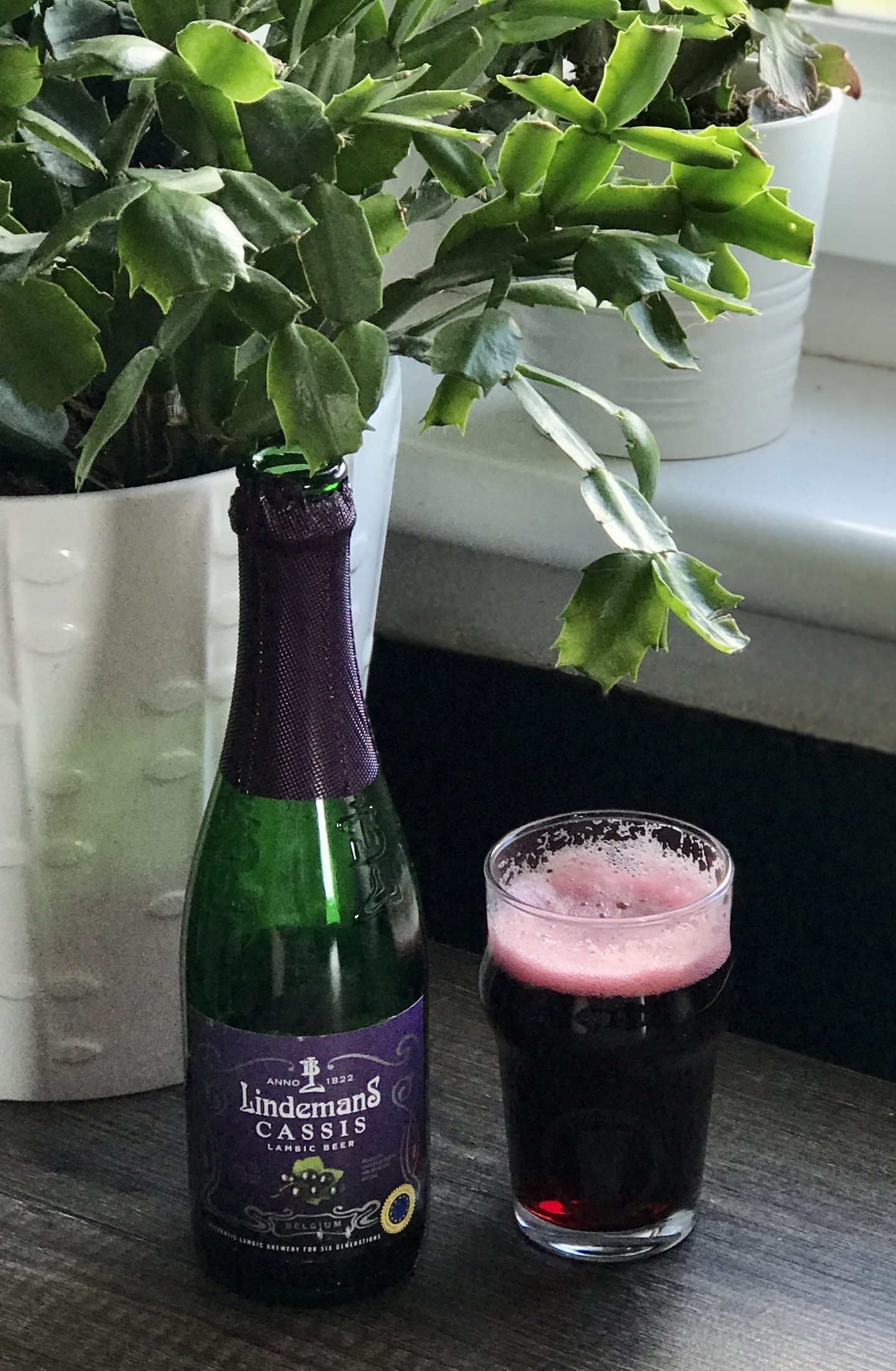 the beer town lindemans cassis