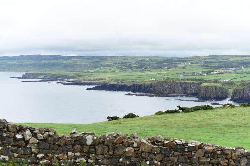 Away a wee walk - green hills