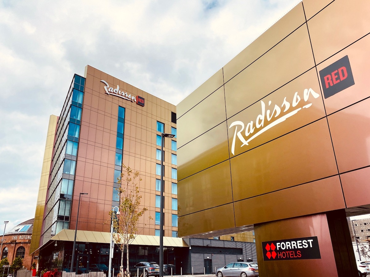 radisson red outside
