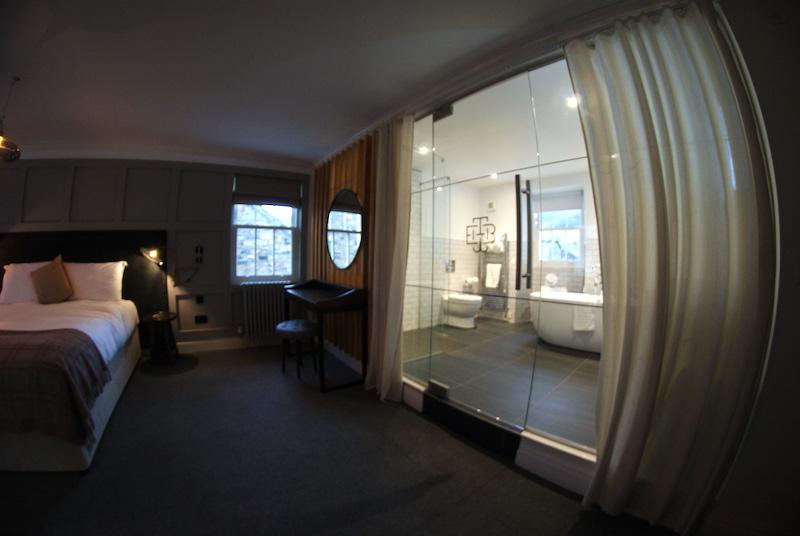 the black bull sedbergh bathroom and bedroom