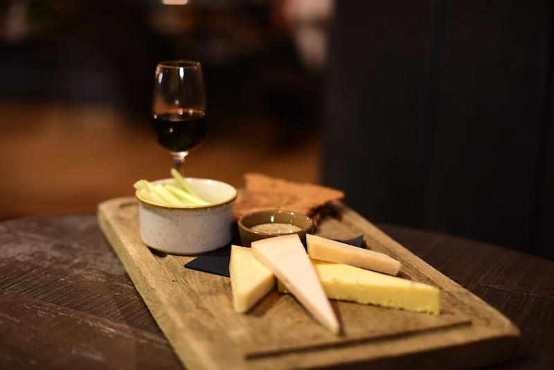 the black bull sedbergh cheese board
