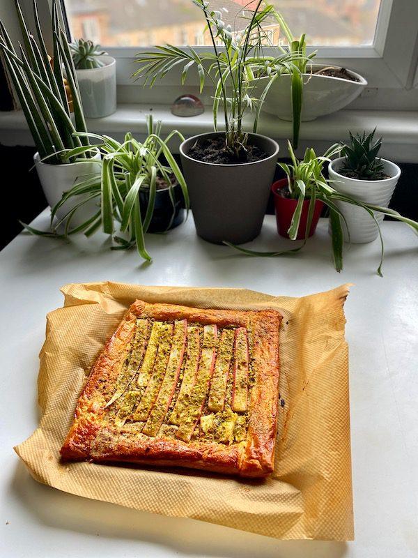 easiest rhubarb tart