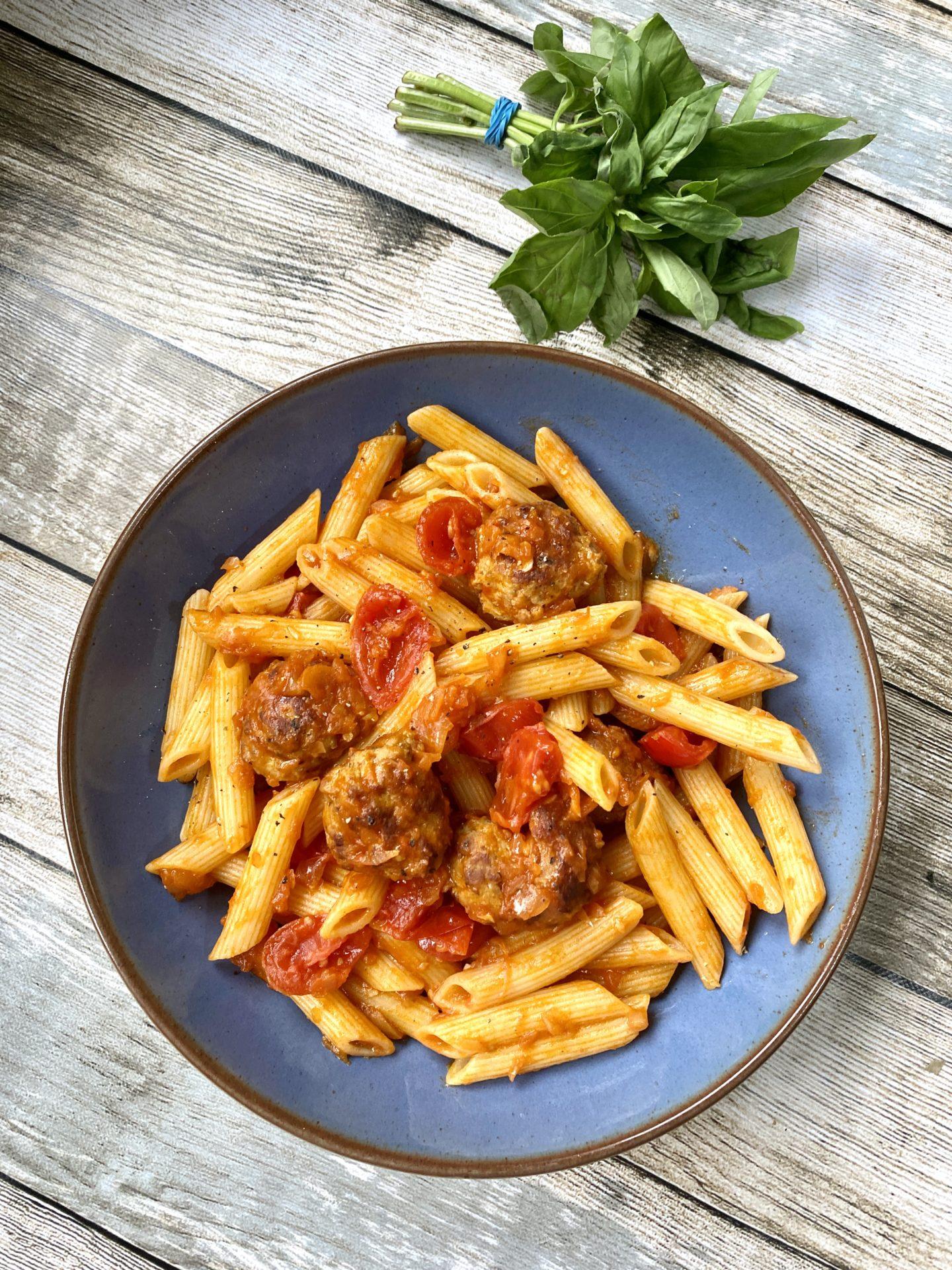 Easy meatball pasta