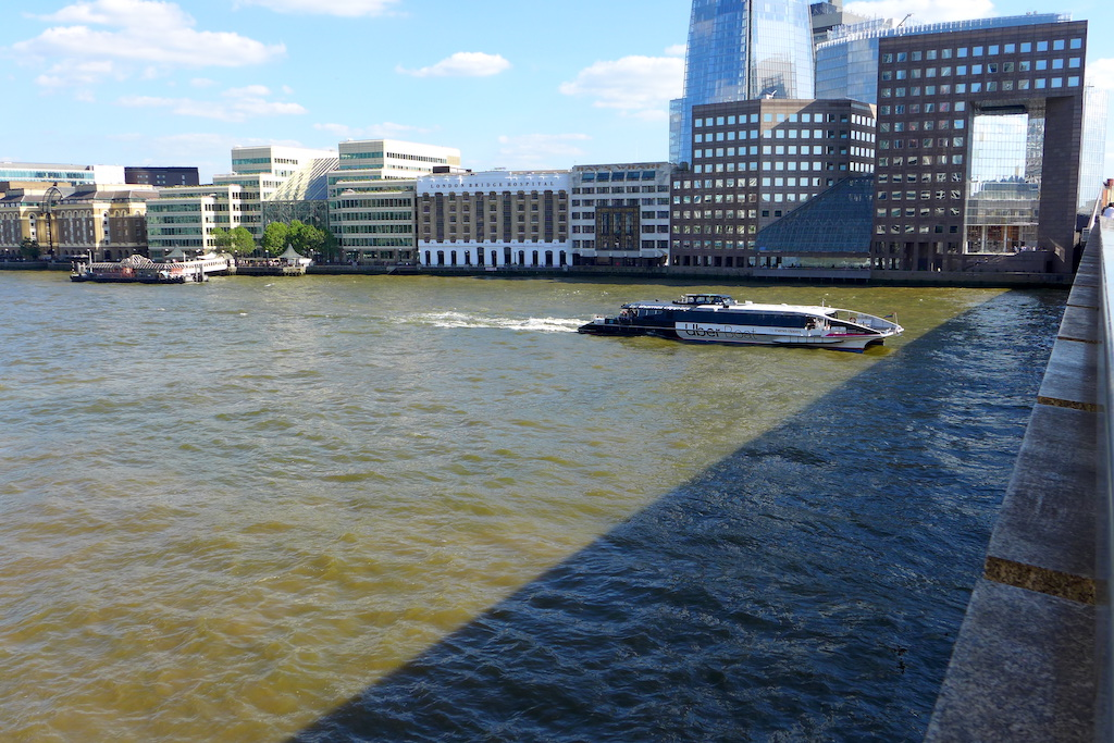 uber boat by thames clippers sights