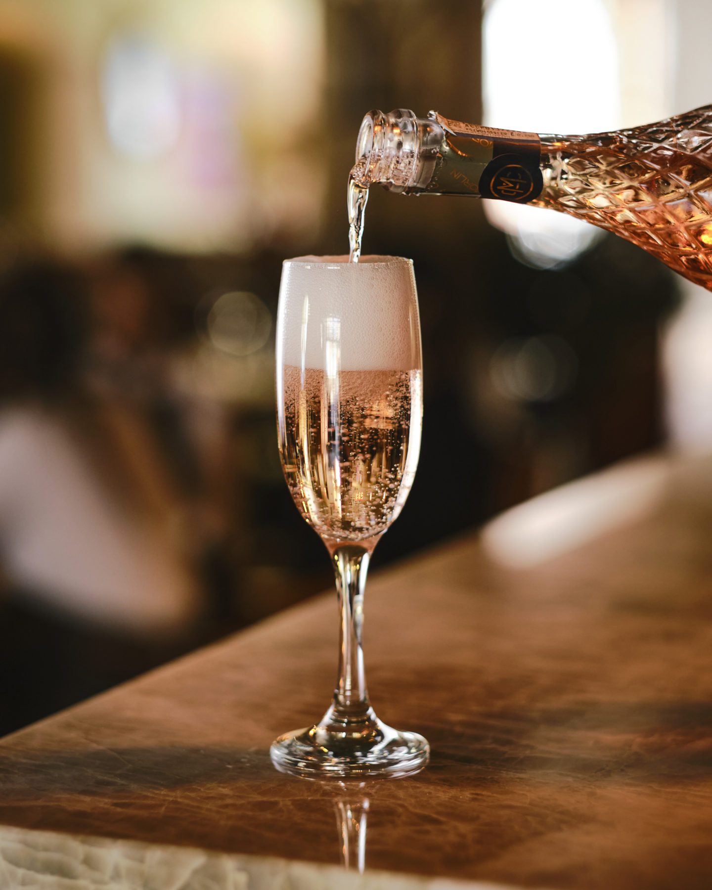 Season Quayside Champagne
